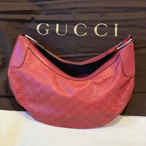 ❤️100% Authentic Gucci soft Leather Half Moon Bag